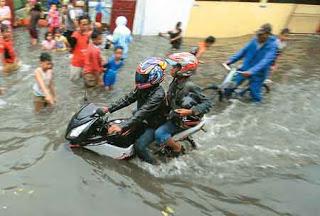 banjir....jpg